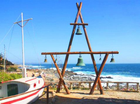campanas frente a la playa